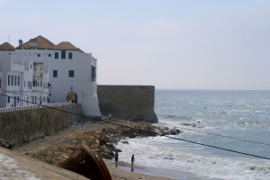 Vacaciones de verano en Marruecos. Playa de Asilah.